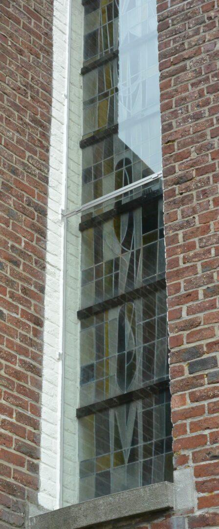 Voorzetglas glas in lood kerk Klijpe – © Atelier Mestdagh