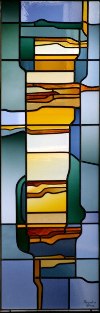 Glas-in-lood in stadswoning te Gent. Ontwerp: Ingrid Meyvaert (©Atelier Mestdagh)