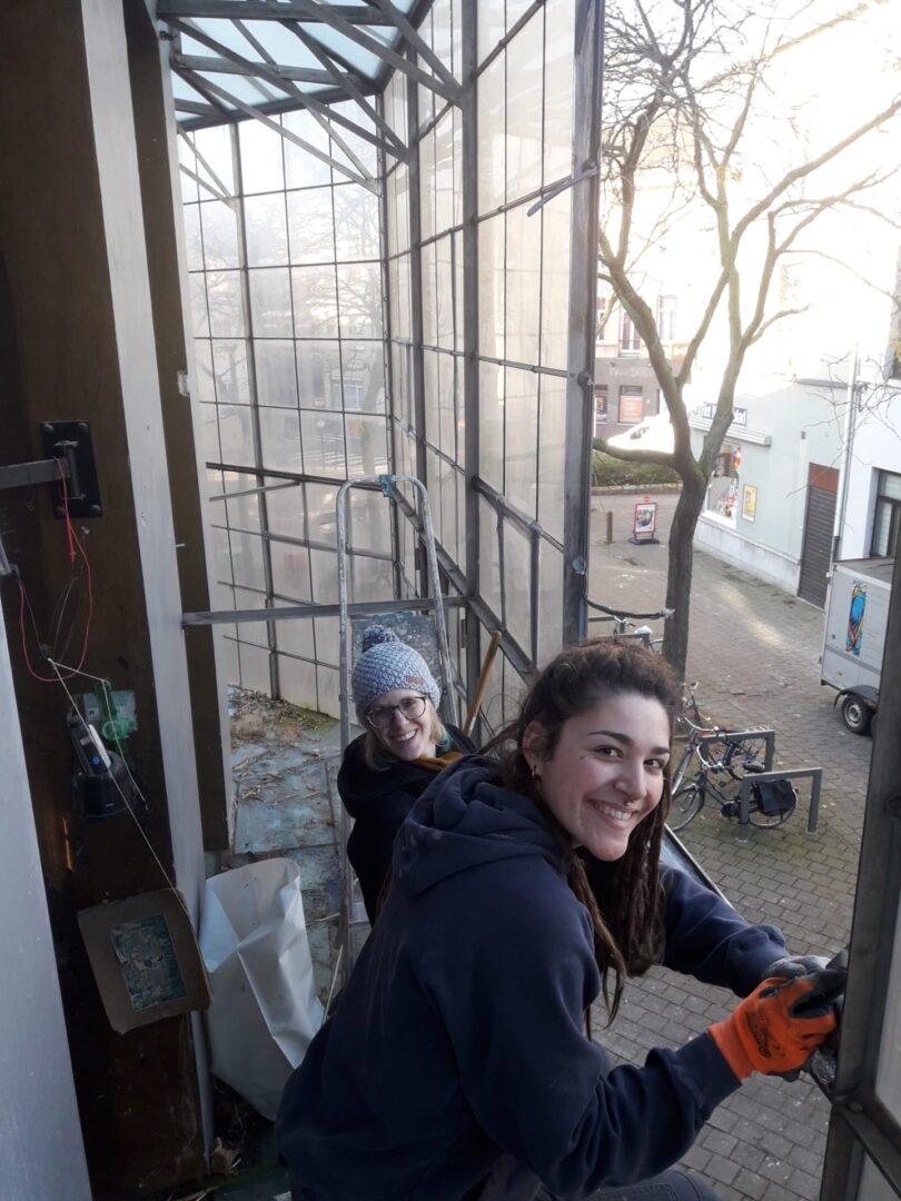 Restauratie plexi-in-lood voor Panamarenkohuis te Antwerpen, Muhka - © Atelier Mestdagh stained glass