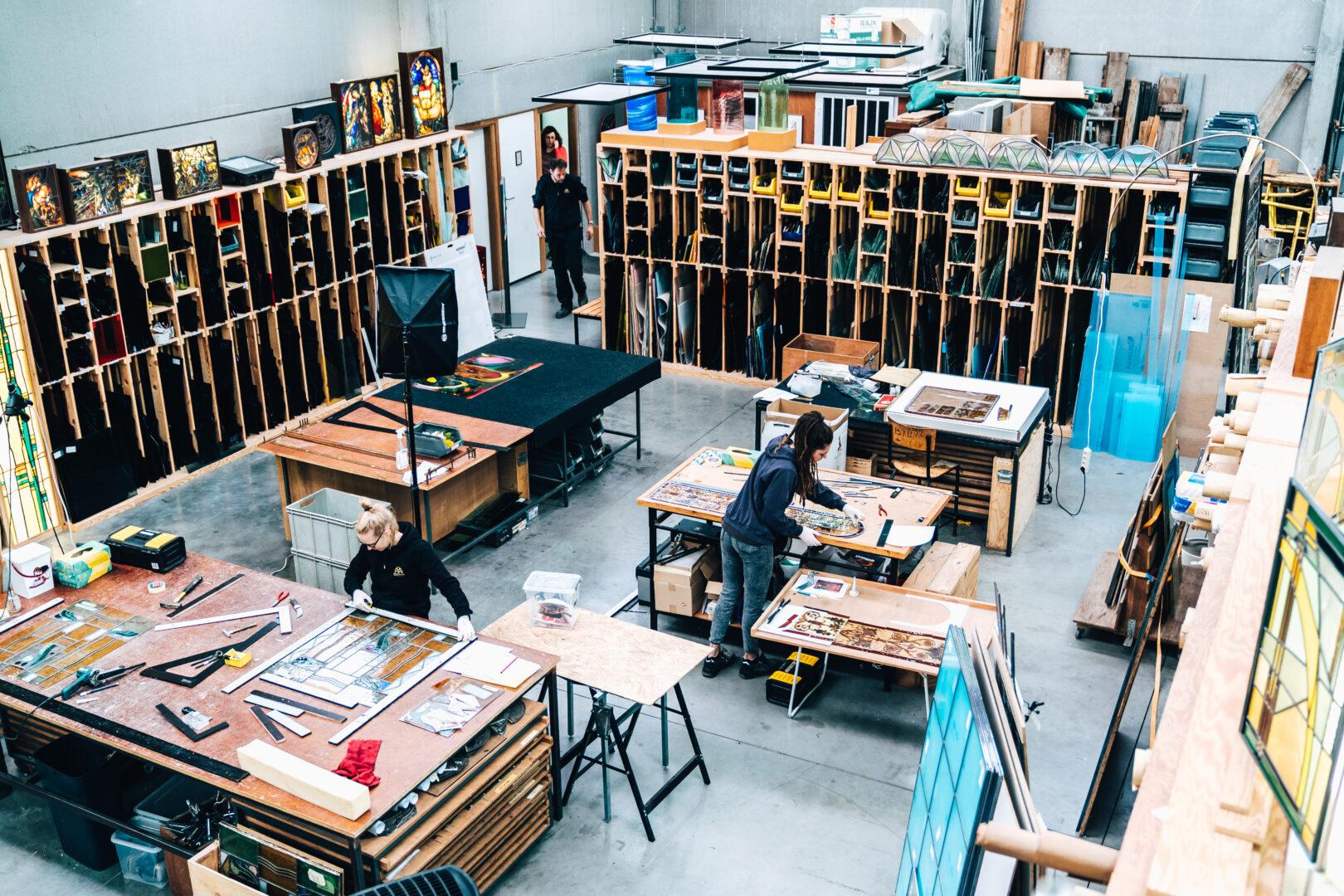 Vacature: Atelier Mestdagh zoekt een enthousiaste glasplaatser.