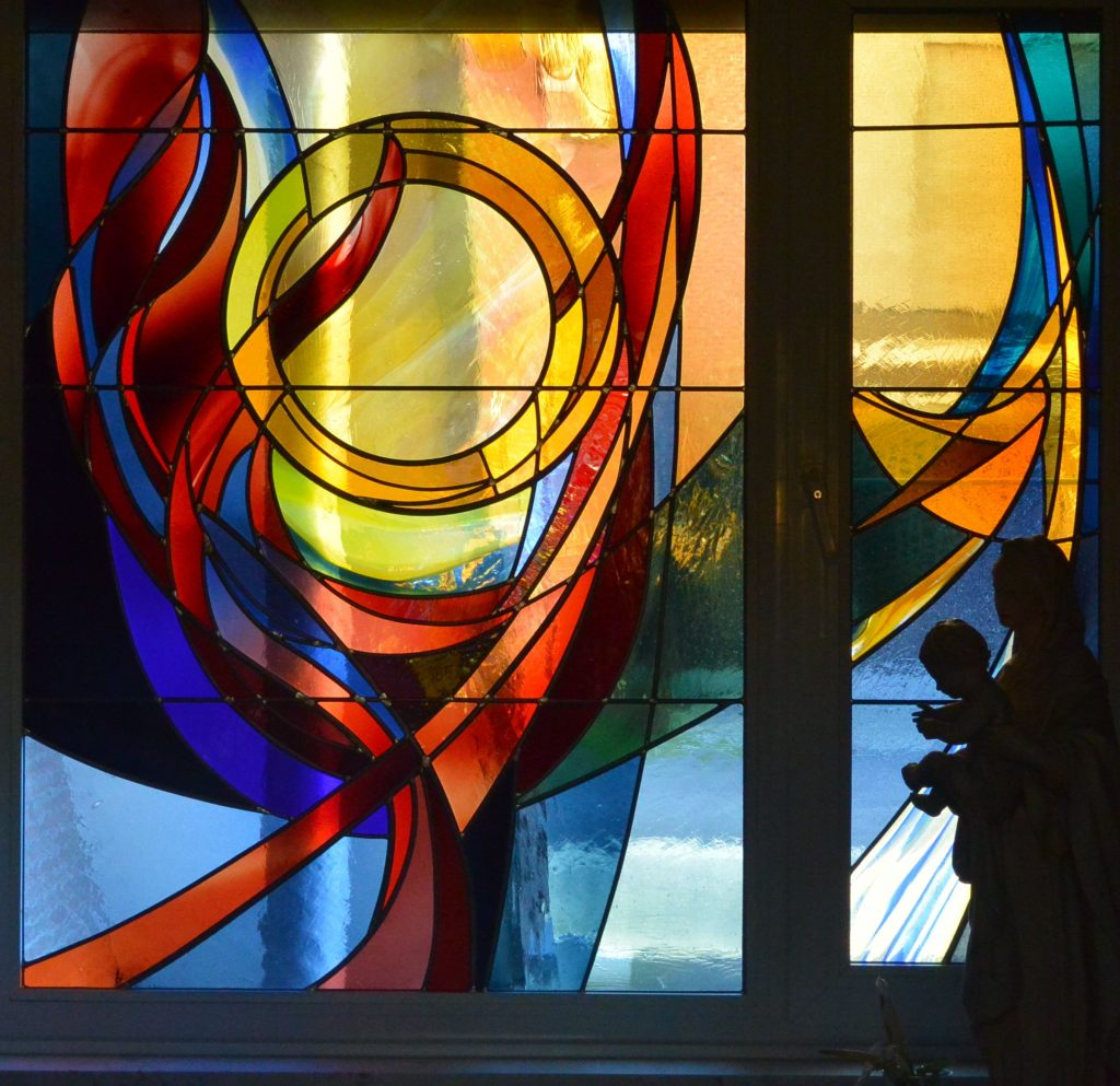 Atelier Mestdagh glasramen kunst gekleurd glas ramen in kleur