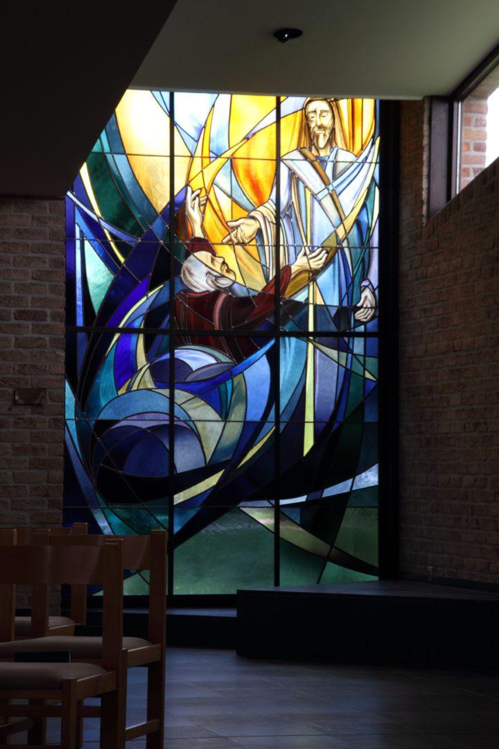 Heer, Red mij', Sint-Petruskerk, Ronse. Ontwerp: Ingrid Meyvaert © Dirk Antrop