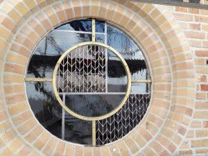 Nieuwe glasramen voor kerk te Westkapelle (1)