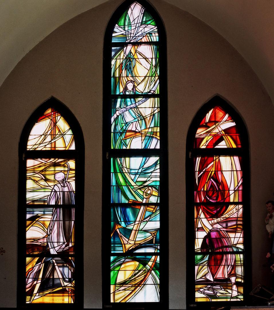 'Geloof, Hoop en Liefde', sacristie kerk Heist-aan-zee. Ontwerp: Ingrid Meyvaert © Dirk Antrop
