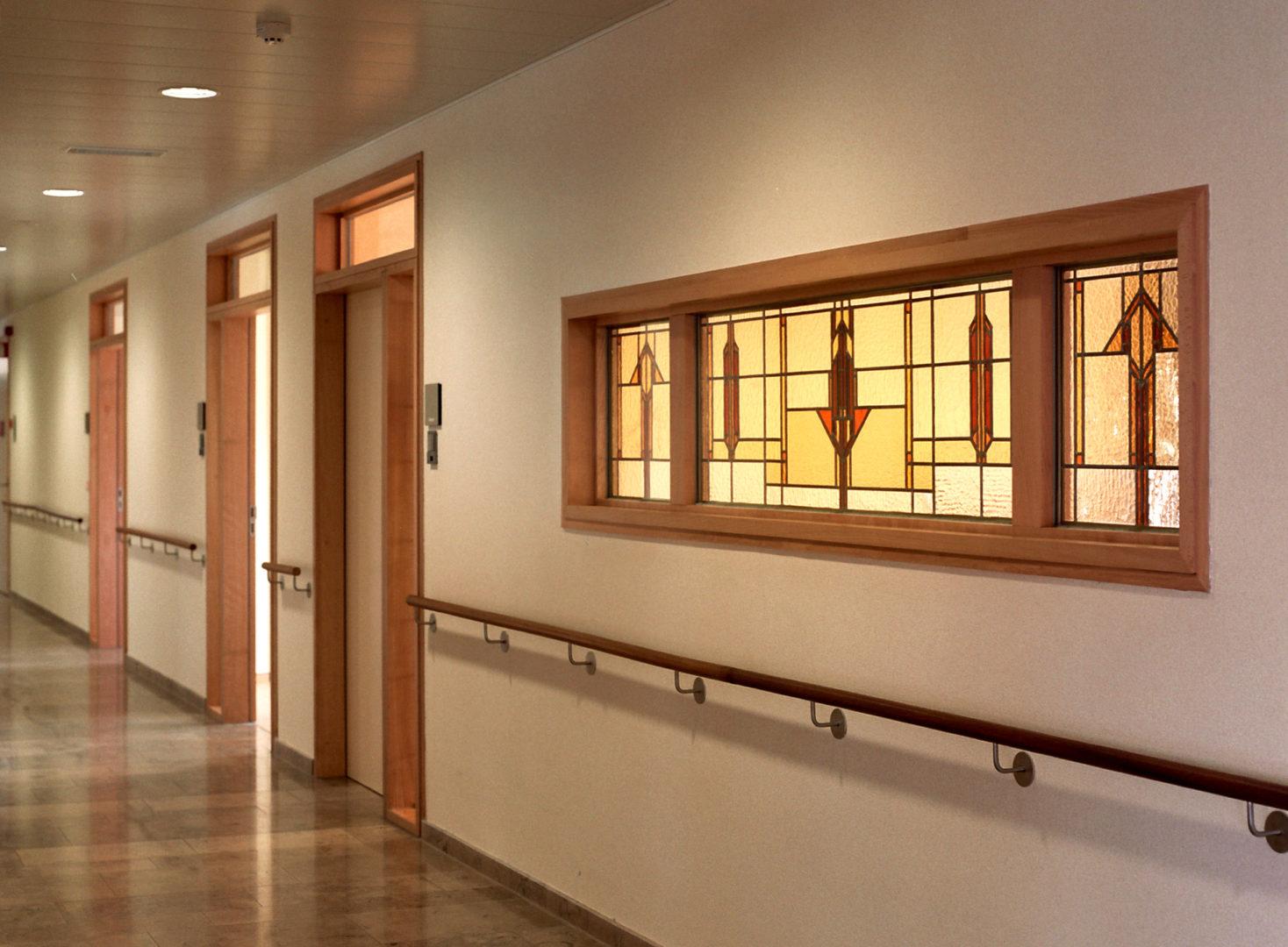 Decoratief glas-in-lood, Ziekenhuis. Ontwerp: Ingrid Meyvaert © Dirk Antrop
